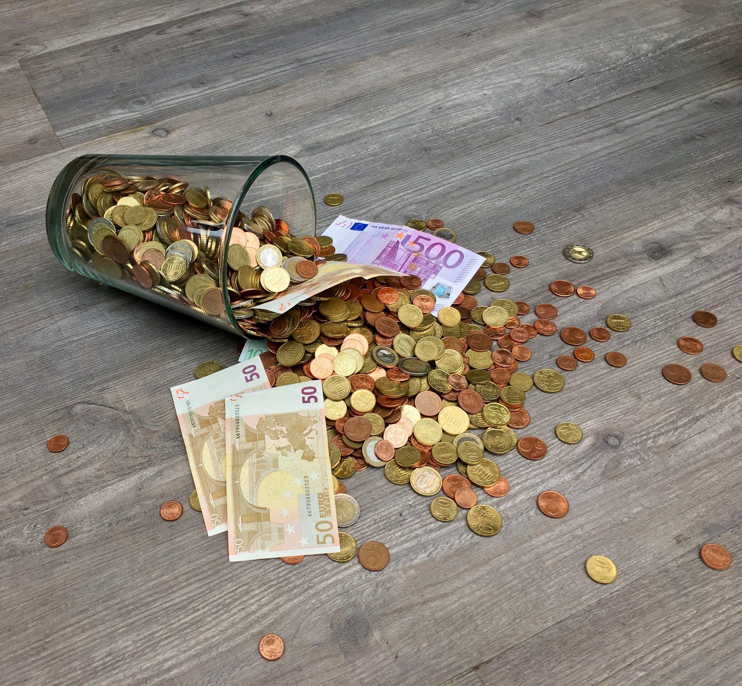dinheiro, lei, opiniao, como investir, investimento, como poupar, dif broker, política, economia